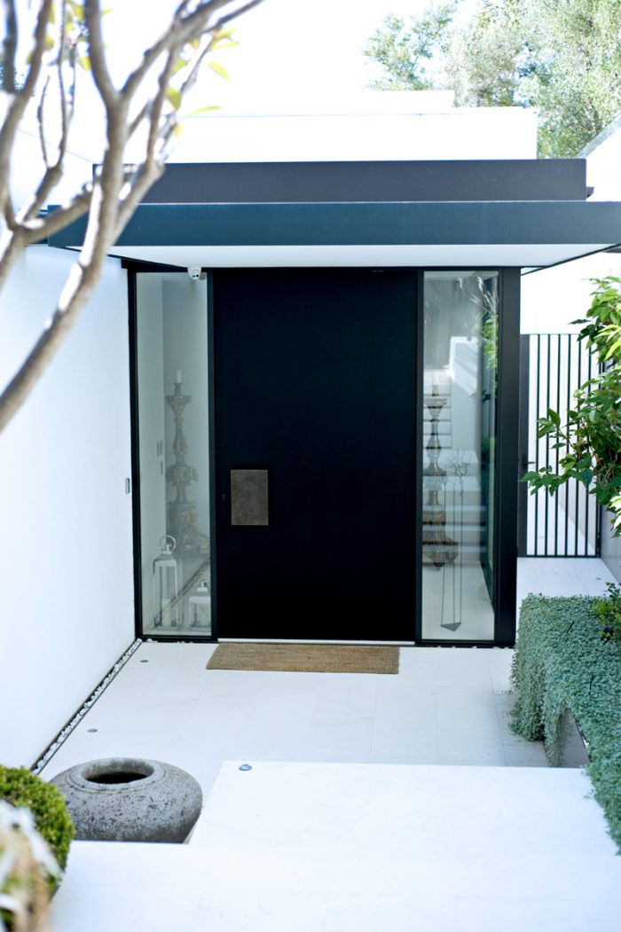 Pivot Doors_Pic2