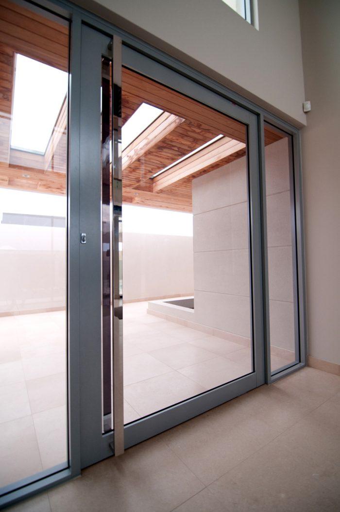 Pivot Doors_Pic4